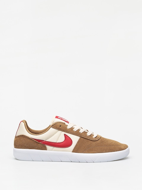 Boty Nike SB Team Classic (golden beige/university red light cream)