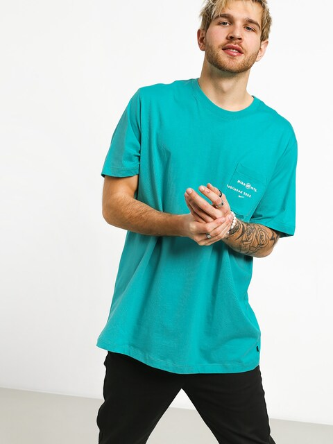 Tričko Nike SB Logo Pckt (cabana)