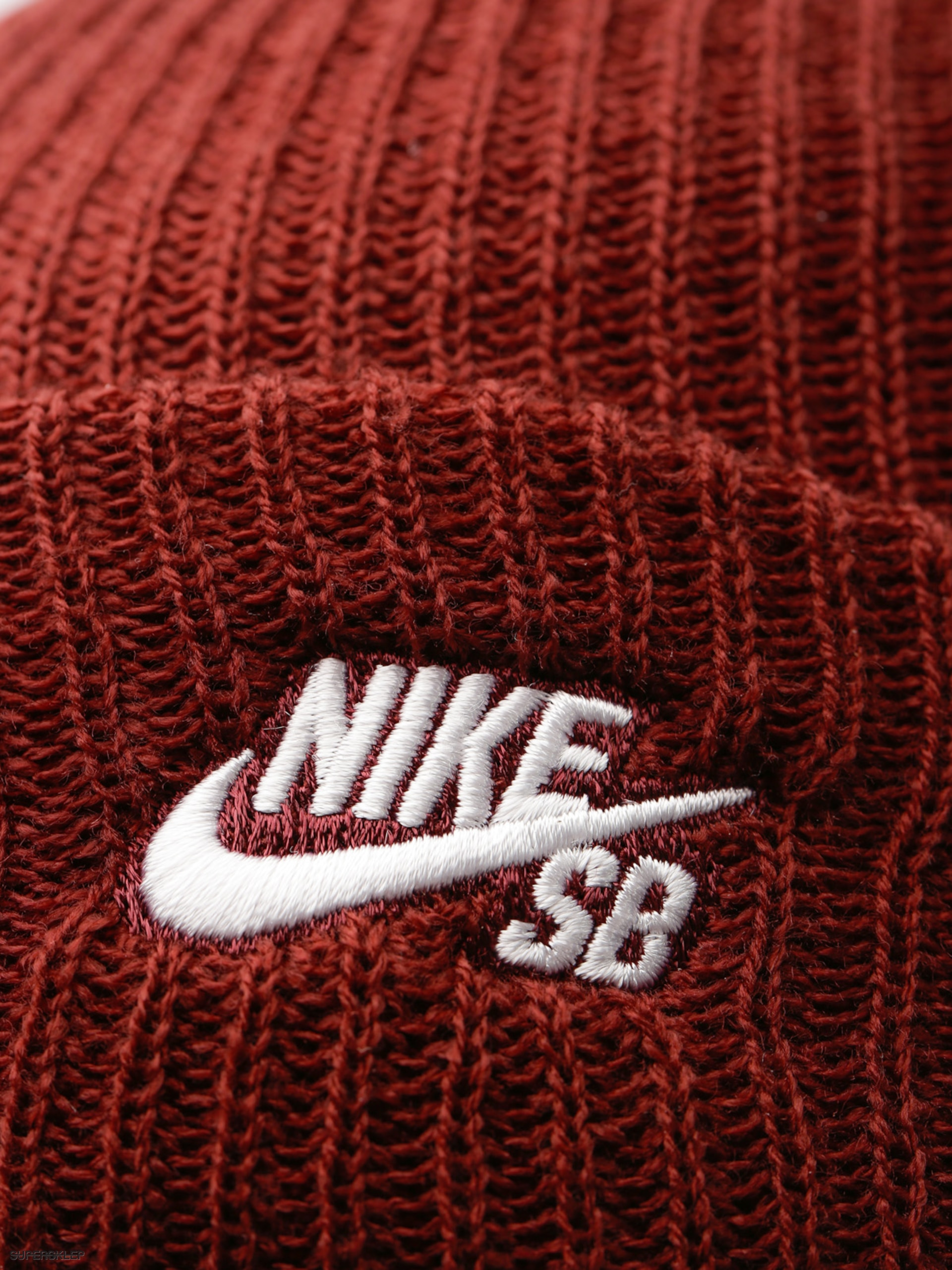 69da2d2dfba Čepice Nike SB Sb Fisherman Beanie (dark team red white)