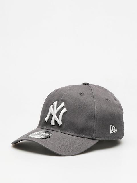 Kšiltovka New Era Washed 39Thirty New York Yankees ZD (graphite/optic white)