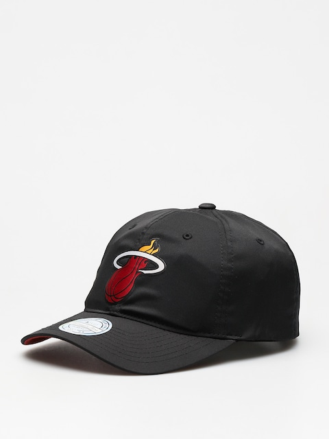 Kšiltovka  Mitchell & Ness Light & Dry Miami Heat ZD (black)