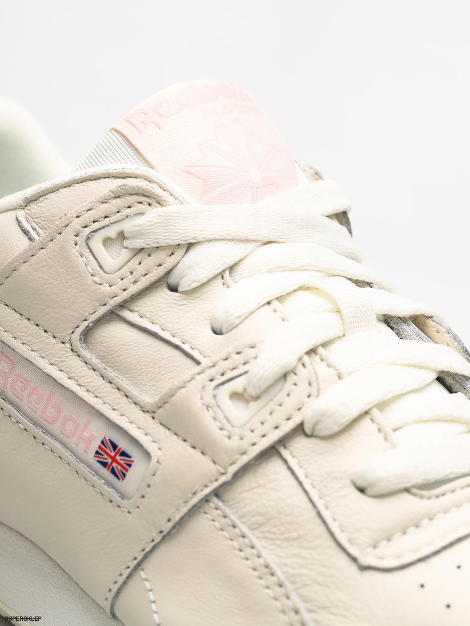 867c15f98cbc Boty Reebok Workout Lo Plus Wmn (vintage white practical pink)